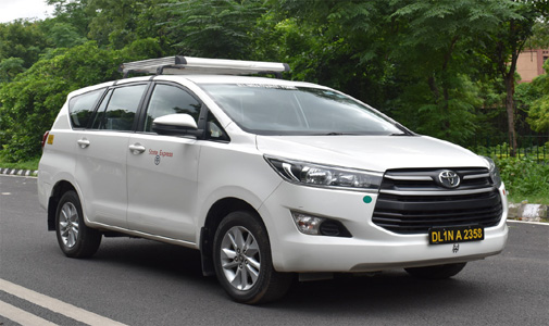 Toyota Crysta car rental Delhi